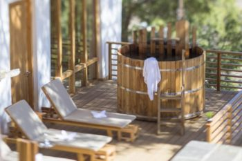 Dhensa Pamper Package